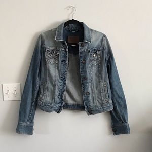 Abercrombie and Fitch womens Jean Jacket